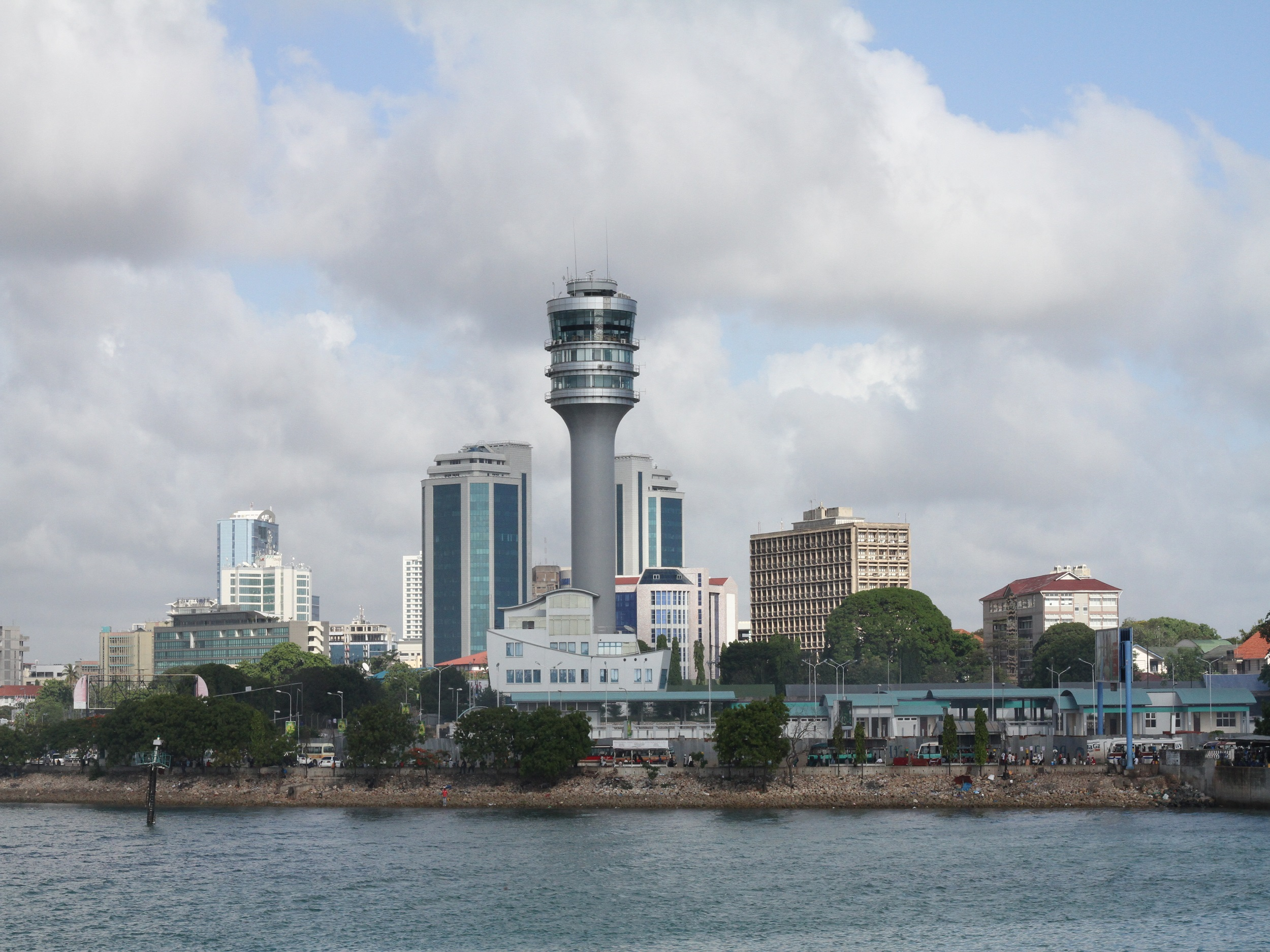 Dar Es Salaam   East to South Safari