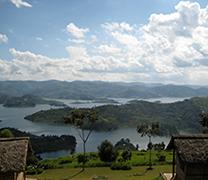 Visit Lake Bunyonyi